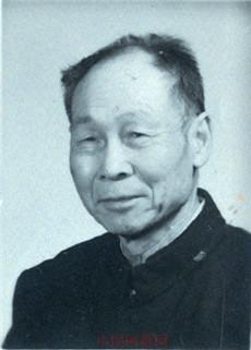 【中国画都网】名人风采:画都百岁画家张玉峰